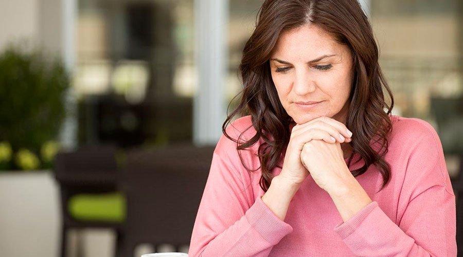 تأثيرات سن اليأس على صحة القلب عند المرأة