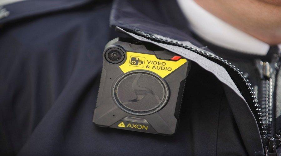 مدارس تزود المدرسين بكاميرات الشرطة لضبط المشاغبين