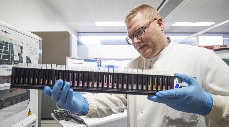 علماء روس يطورون مستحضرا من فسيفساء التبغ لمكافحة كورونا