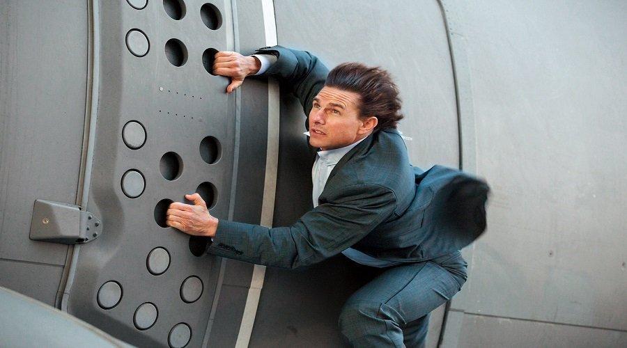 فيروس كورونا يتسبب في احتجاز توم كروز وتأجيل مهمة مستحيلة