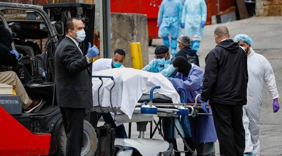 خبراء : وضع كورونا بأمريكا خطير وارتداء الكمامات قد يستمر لسنوات