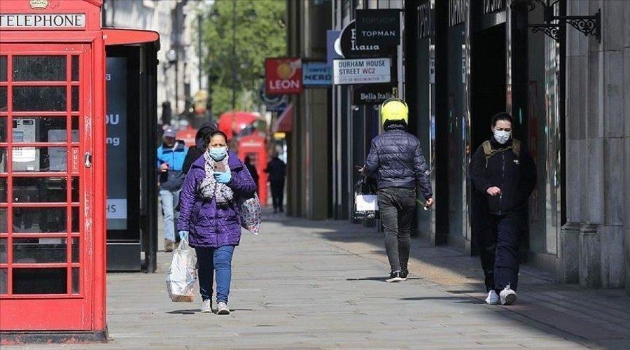 كورونا.. وزير الصحة البريطاني يحذر من إمكانية العودة للعزل العام