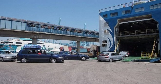 حركة النقل بميناء طنجة المتوسط تعود إلى الوضع الطبيعي
