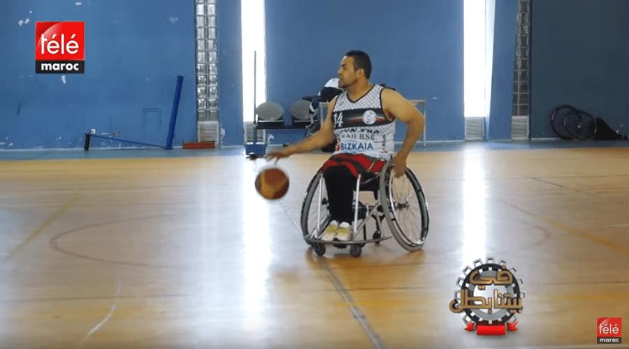 قصة محمد حواري تحدى إعاقته ليصبح لاعبا في كرة السلة