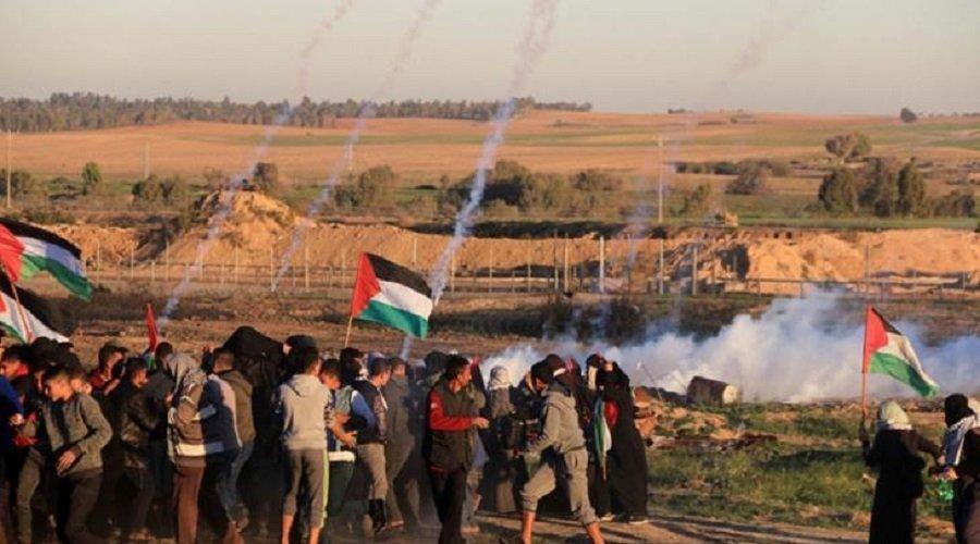 """إصابة عشرات الفلسطينيين برصاص قوات الاحتلال في مسيرات """"العودة"""""""