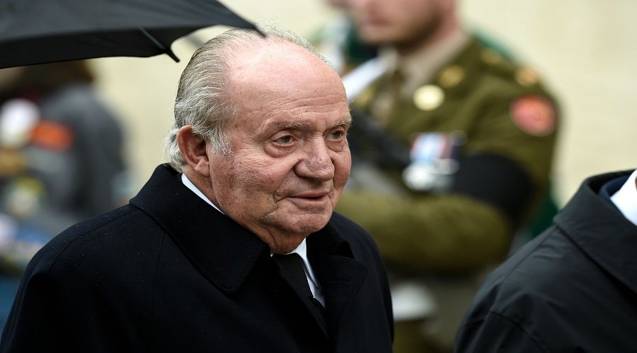 ملك إسبانيا السابق يغادر البلاد وسط حديث عن تورطه في فضيحة فساد