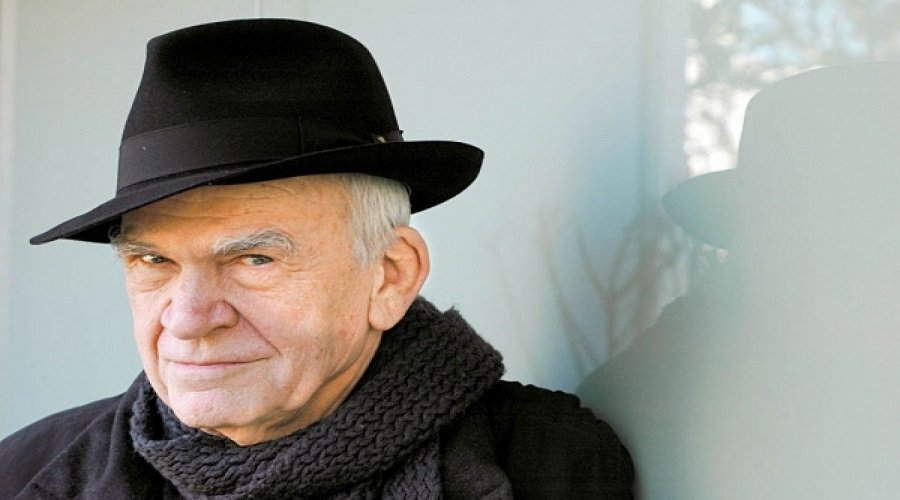 بعد 40 عاما... التشيك تعيد الجنسية إلى الروائي ميلان كونديرا