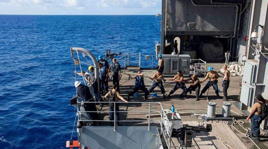 إصابة أزيد من 4000 جندي بحري أمريكي بكورونا والبلاد تسجل 920 وفاة جديدة