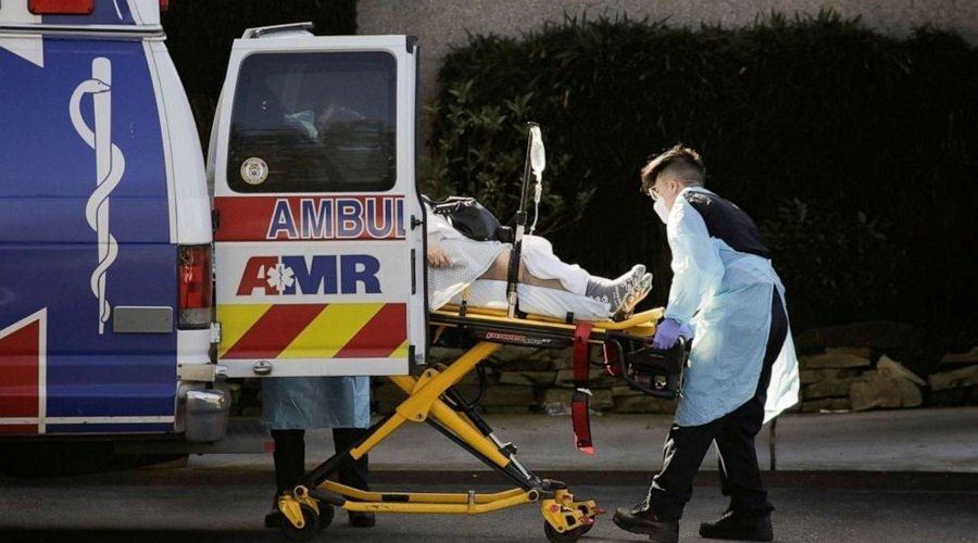 أمريكا تسجل أعلى حصيلة إصابات يومية بكورونا