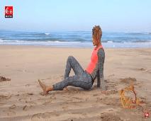 حركات رياضية جديدة للقيام بها على الشاطئ