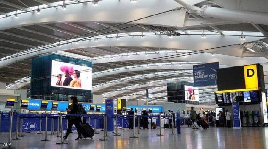 المملكة المتحدة تمنع الرحلات مع جنوب افريقيا بعد اكتشاف سلالة جديدة لفيروس كورونا