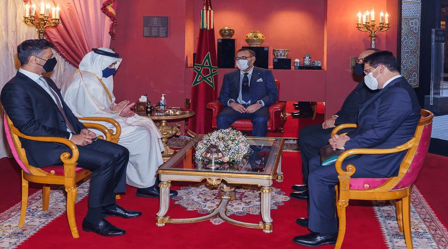 الملك محمد السادس يستقبل وزير الخارجية الإماراتي بفاس