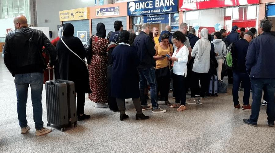 تمديد تأشيرات المغاربة العالقين بفرنسا بسبب كورونا