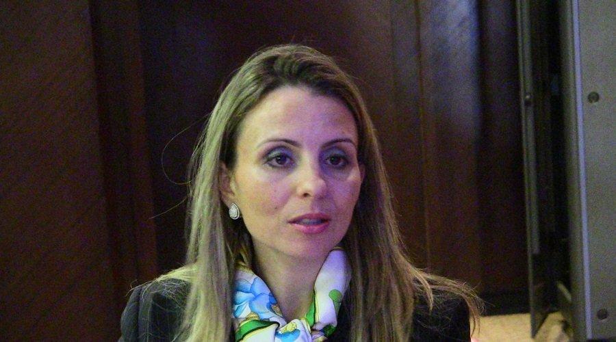 المديرة السابقة لبورصة الدار البيضاء ممنوعة من مغادرة المغرب