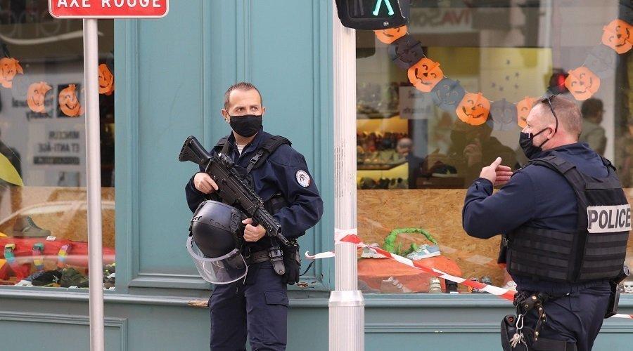 السلطات الفرنسية تكشف هوية منفذ هجوم نيس وتعتقل شخصا آخر