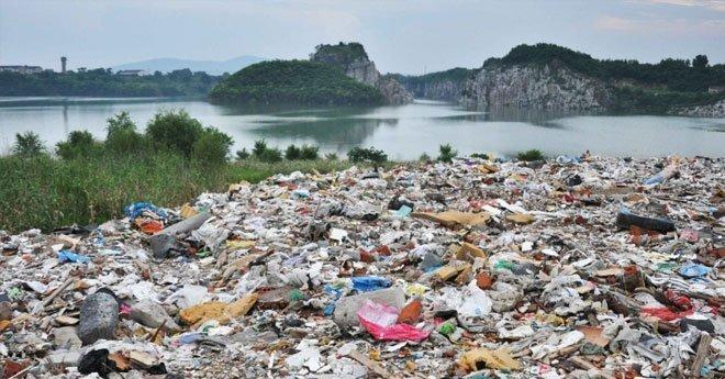 فيديو .. مرسوم جديد يفرض إجراءات صارمة على استيراد و تصدير النفايات