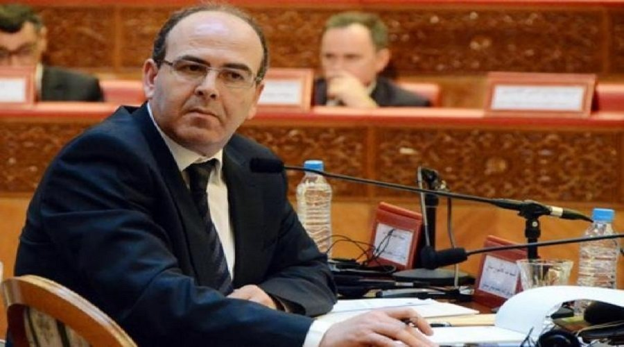 """فريق """"الأحرار"""" يطالب بنشماش بتحويل أموال السفريات والفنادق إلى صندوق كورونا"""