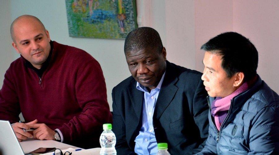 جمعية تدعو إلى سجن خبيري صحة فرنسيين بسبب تصريحات عنصرية