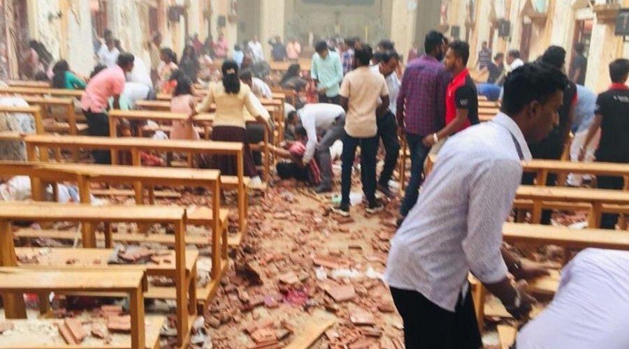 وفاة 165 شخصا وأصابة 400 في تفجيرات استهدفت كنائس وفنادق في سريلانكا