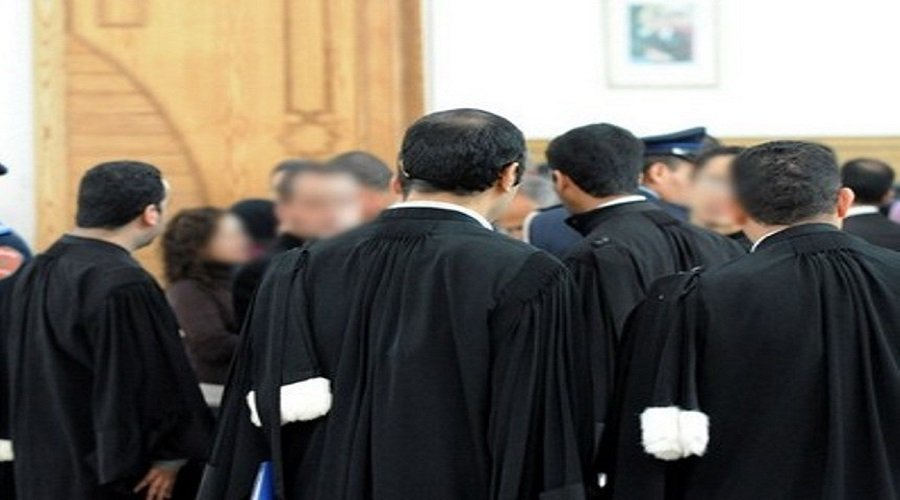 800 محامي يتابعون يوتوبرز هاجمت نقيب هيأة مراكش