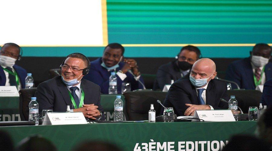 لقجع أول مغربي يفوز بمقعد ب«الفيفا» وموتسيبي رئيسا جديدا للكاف