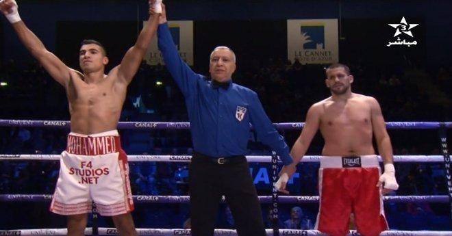 البطل العالمي محمد الربيعي  يفوز بالضربة القاضية  أمام الهنغاري لازلو منذ الجولة الأولى
