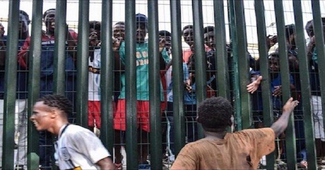 المغرب يفتح بابه للاجئين السياسيين