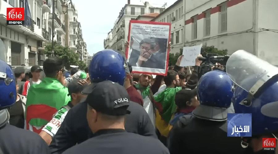 """الجزائر: توقيف ثلاثة إخوة من عائلة كونيناف المقربة من بوتفليقة بتهمة """"استغلال النفوذ"""""""