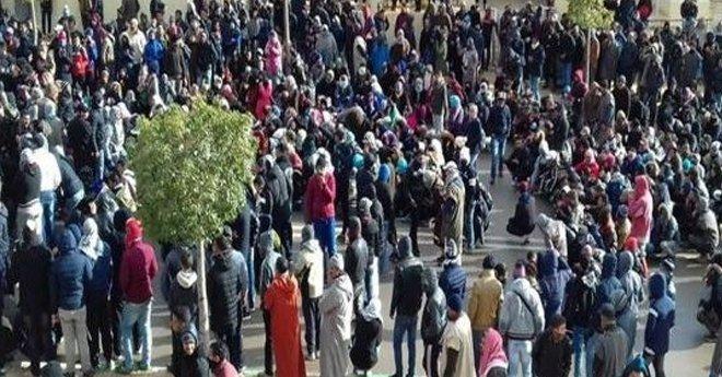 بعد حادث مقتل عاملي منجم .. سكان جرادة يخرجون للاحتجاج