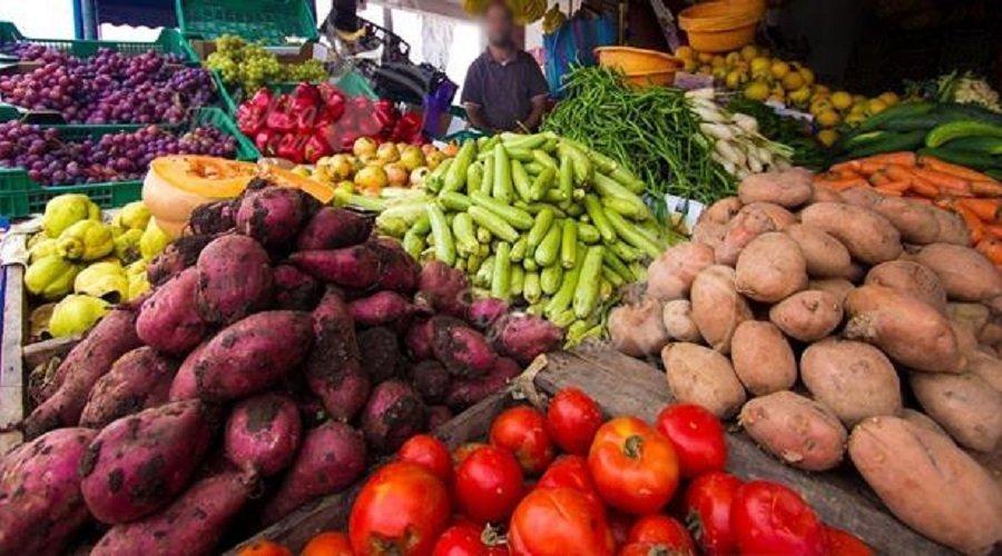 المواد الغذائية الأساسية متوفرة بكميات كافية في السوق خلال الحجر الصحي