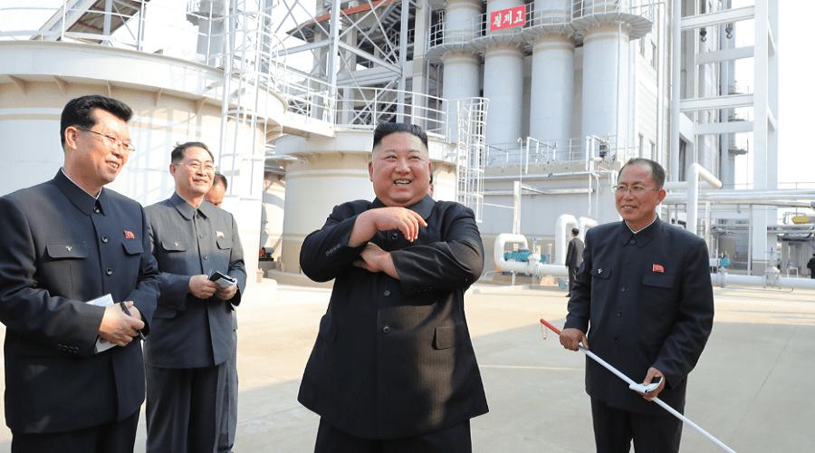 بالفيديو.. أول ظهور لزعيم كوريا الشمالية بعد أسابيع من اختفائه