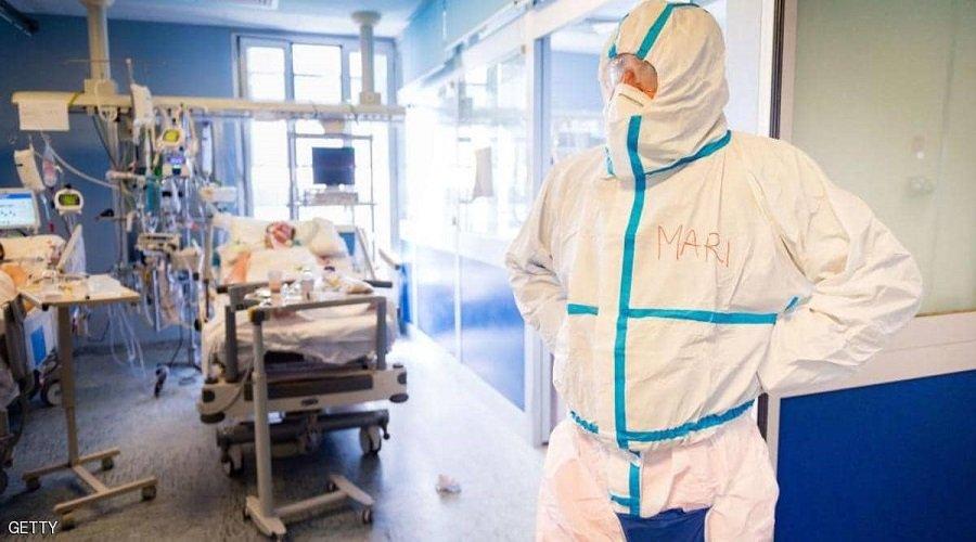 شحنة أجهزة لفحص كورونا ملوثة بالفيروس تزيد من تأزم الوضع الصحي في المملكة المتحدة