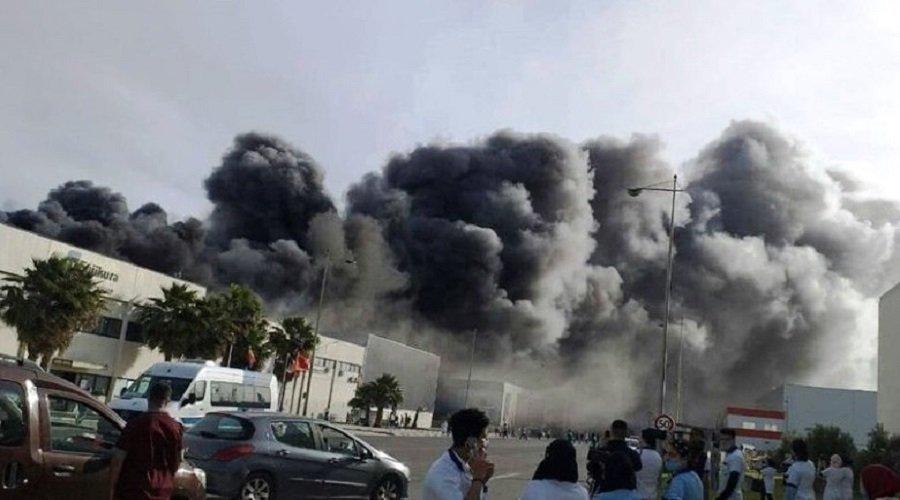 بالفيديو.. حريق مهول يلتهم مصنعا بالمنطقة الصناعية بطنجة