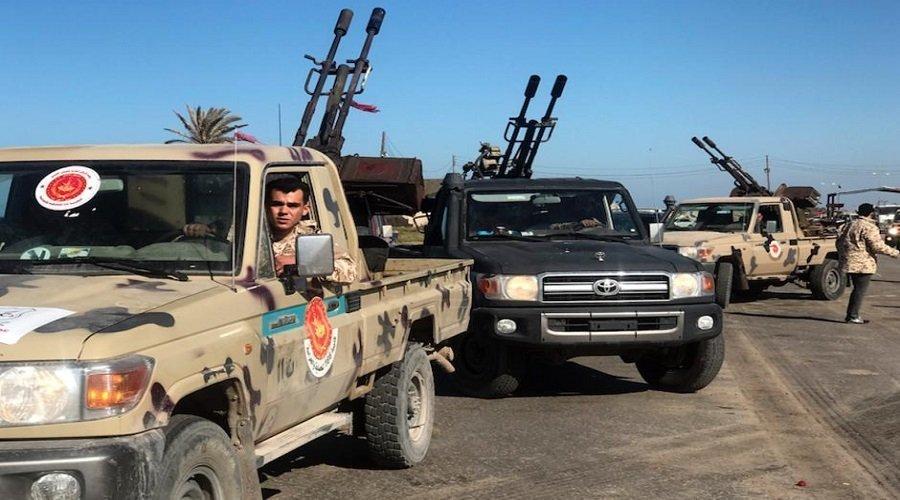 """حكومة """"الوفاق"""" الليبية تعلن مقتل 32 شخصا بينهم مدنيون"""