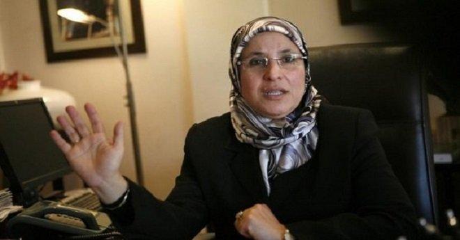 الحقاوي تتلكأ في إخراج القانون المنظم للتعاون الوطني