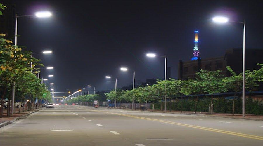 مصباح واحد يكلف جماعة طنجة 600 درهم