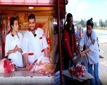 حلقة شعبية بامتياز ....حنان دارت راسها فبلاصة الجزار لي تيكون في المحلات ديال الشوى