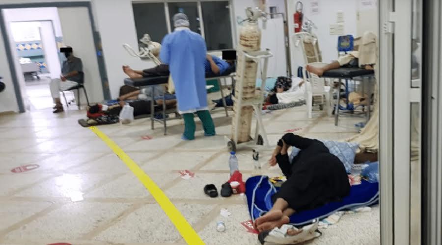 صور لمرضى يفترشون الأرض بمستشفى في طنجة تخلق الجدل