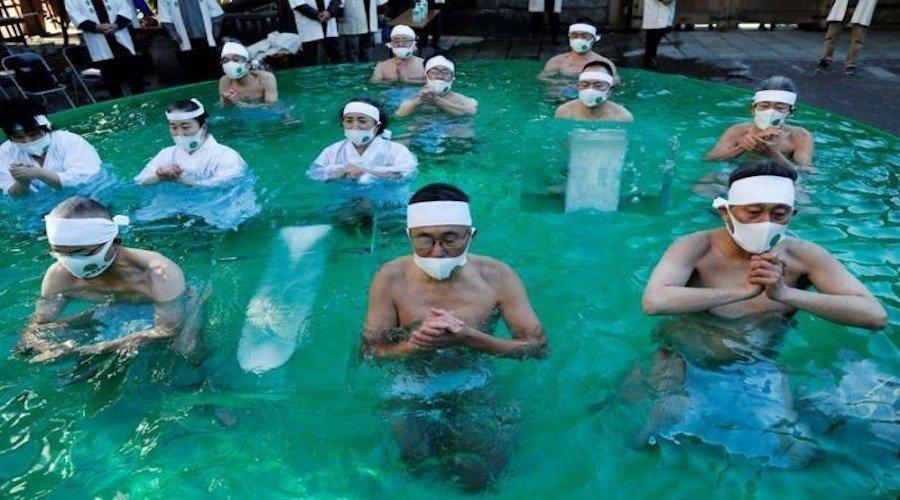 اليابان تكتشف سلالة ثالثة من فيروس كورونا !