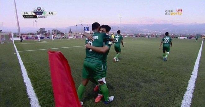 الرجاء الرياضي يتفوق على فريق زغرتا اللبناني