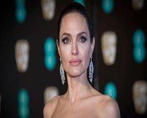أنجلينا جولي توصي بكل ثروتها لإبن واحد فقط