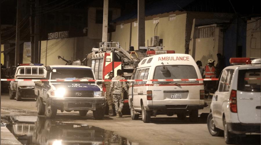 هجوم بسيارة مفخخة يستهدف فندقا بمقديشو