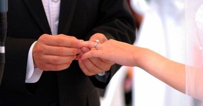دراسة علمية.. هذا هو السن المثالي للزواج