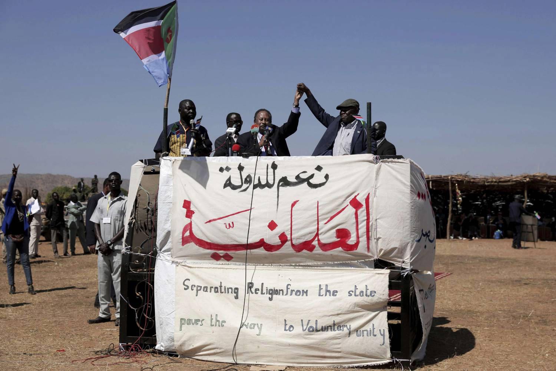 """الحكومة السودانية توقع اتفاقا يقرّ العلمانية و""""فصل الدين عن الدولة"""""""