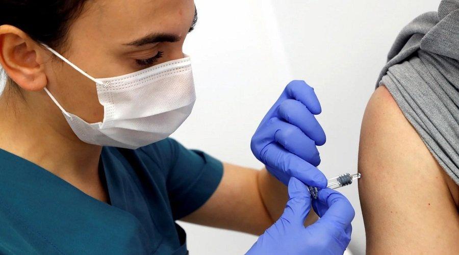 الهند تستعد لتطعيم 300 مليون شخص بالجرعة الأولى من لقاح كورونا