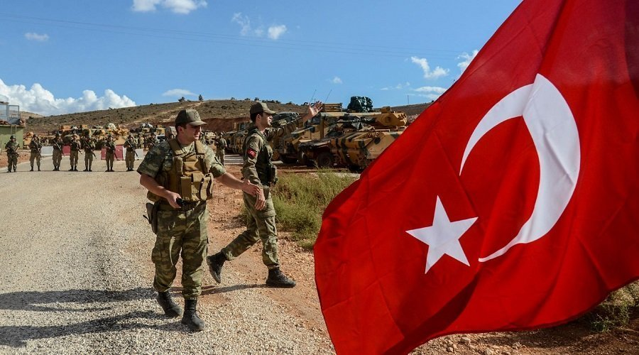 مصرع 22 جنديا تركيا في قصف جوي للنظام السوري