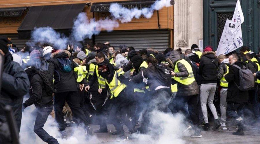 عشرات الآلاف تظاهروا أمس في التعبئة ال14 لحركة السترات الصفراء
