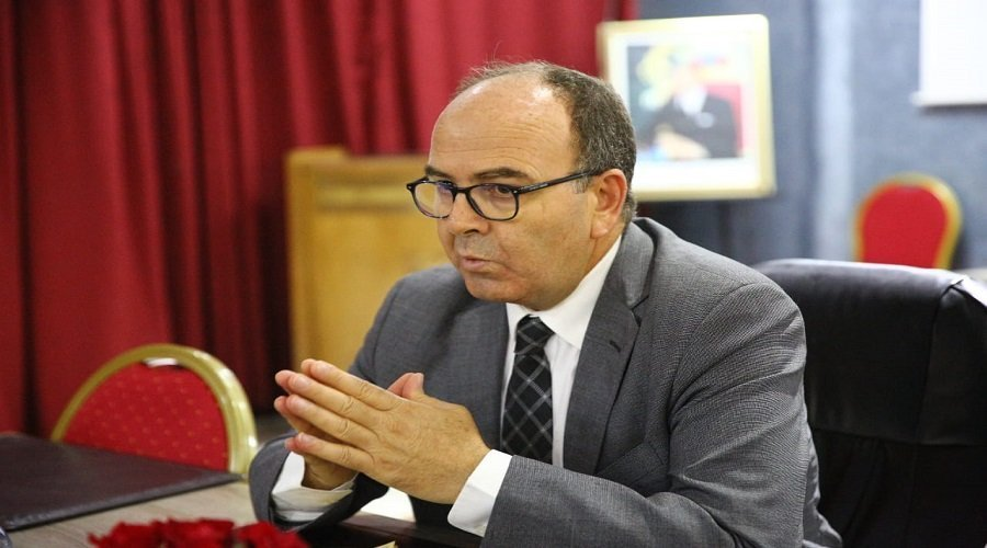 بنشماس يحذر من الدوحة من مخاطر الديمقراطية