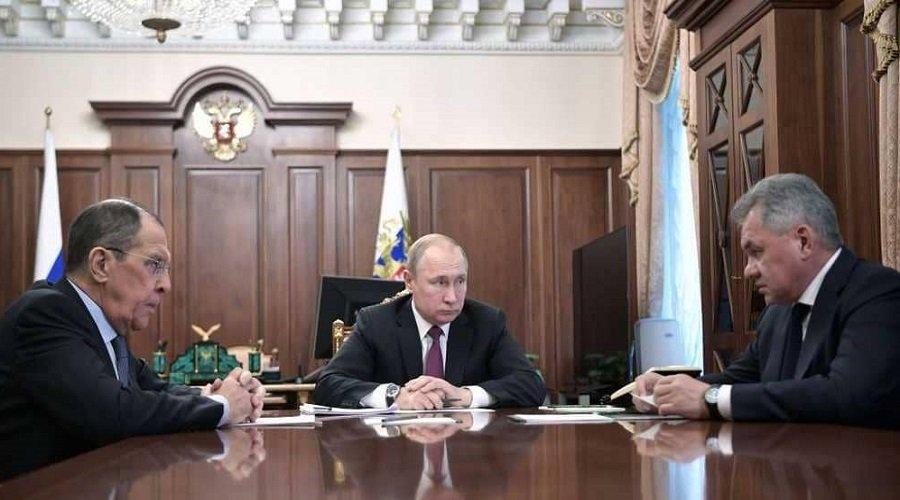 روسيا ترد على الولايات المتحدة وتقرر الانسحاب من معاهدة القوى النووية