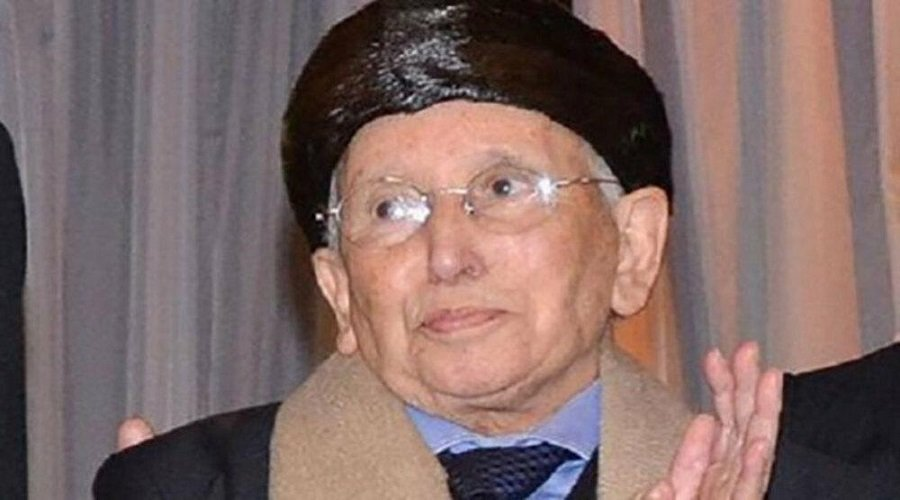 """مسعود أكوزال.. من """"عطّار"""" إلى نادي الأغنياء"""